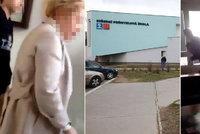 Video brutální šikany na pražské škole: Takhle žáci ušikanovali učitelku k smrti