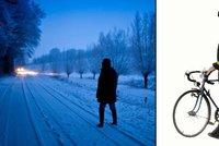 Chodci, rozsviťte se: Už v sobotu můžete bez reflexních prvků dostat pokutu