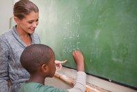 Jak vzdělávat děti migrantů? Učte je, jako by byly hluché, radí experti