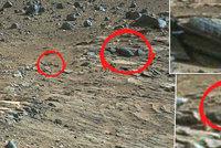 Na Marsu objevili kříž: Je pod ním pohřben Marťan?