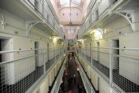 Otec ve vězení znásilňoval dceru (9) při návštěvách, které byly monitorovány