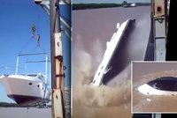 Jachta za 150 milionů šla ke dnu: Potopila se hned při spouštění na vodu