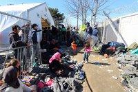 Týden s Bleskem mezi uprchlíky. Bída, špína a hněv v táboře tisíců běženců