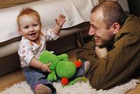 Otcovská dovolená bude na čtyři dny. Marksová couvla kvůli stamilionům Babišovi