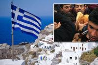 Uprchlíci nám vyhánějí turisty, spílá Řecko. Ministr rezignuje