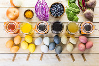 Velikonoce bez chemie: Přírodní barvy mají netradiční, ale krásné odstíny