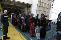Řecko vrátí 750 běženců zpět do Turecka. Rakousko nasadí vojáky na obranu hranic