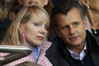 Šílený plán třetí nejbohatší Švýcarky klapl: Miliardářka (53) porodila dvojčata!
