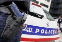 Policie u Paříže zmařila připravovaný atentát. Na místě zasahují pyrotechnici