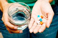 Němeček chce v Česku udržet léky. Stane se opak a nebudou, varují lékárny