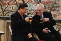 Zeman dostal spěšné gratulace: Nejdřív z Číny, potom z Ruska