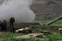 Boj o Náhorní Karabach pokračuje: 2 sestřelené vrtulníky, 17 zničených obrněnců