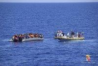 Z moře zachránili postřelené uprchlíky. Zranění utrpěli před týdnem
