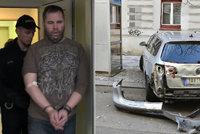 Policejní opilec promluvil: Proč jsem naboural 52 aut?