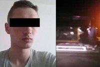 Pohřešovaný Honza (†19) spáchal sebevraždu: Zapálil auto a zastřelil se
