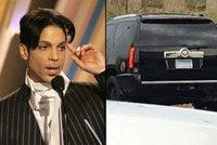 Poslední foto Prince přes smrtí: Ztrhaného zpěváka zachytili cestou do lékárny