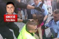 Komentář: Česká policie má nové krédo: Pomáhat si a chránit se