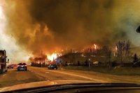 Superpožár v Kanadě pomáhá hasit počasí. Plameny krotí déšť a ochlazení
