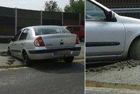 To na beton nerozjede! Řidič na dálnici D5 vjel do čerstvého stavidla