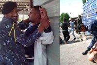 Irácký policista zadržel atentátníka a ještě stihl zapózovat