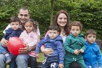 Na účtu paterčat se červenají samé výdaje: Rodina přišla o desítky tisíc!