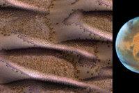 Ne rudá, ale pestrobarevná planeta. NASA zveřejnila úchvatné snímky Marsu