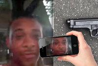 Vražda v přímém přenosu: Muže někdo zastřelil, když se natáčel na Facebook