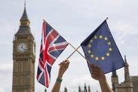 Co čeká Británii po Brexitu? Nový premiér, ekonomické trable a chaos