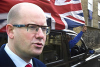 Sobotka žádal Brity o lepší zacházení s Čechy. Vystupovat z EU nehodlá