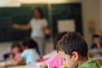 """Učitelé dostanou přidáno hned od září. Babiš pro ně """"ušetří"""" peníze"""