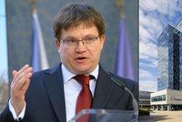 NKÚ si posvítil na výzkum: Kontroloři odhalili problémy u projektů za miliony