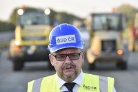 Špatná zpráva pro řidiče: Rekonstrukce D1 se protáhne do roku 2021, uvedl Ťok