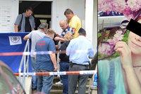 Záhadná smrt Týnky (†26) na Proseku: Na prsou měla černé skvrny! Policie nemohla najít klíče
