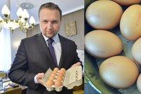 """Pozor na laciná vejce z Polska. """"Kupujte jen českou kvalitu,"""" radí Jurečka"""