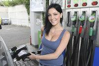 Ceny benzinu a nafty rozdělily republiku: Kde natankujete nejlevněji?
