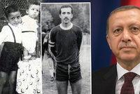"""Podivný puč v Turecku: Kdo je Recep Erdogan a stane se nyní """"sultánem""""?"""