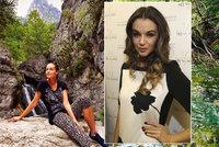 Nenáročná cestovatelka Kubelková: Křivky vystavovala opět v Řecku! Olymp tentokrát ale nezdolala...
