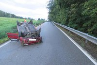 Opilá řidička z Prachaticka převrátila auto na střechu: Nadýchala přes 2,5 promile