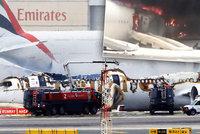 Letadlo s 300 lidmi na palubě vzplálo: Stroj musel v Dubaji nouzově přistát