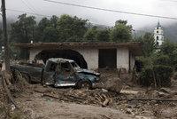 Země se hnula a zabíjela. Při sesuvech půdy v Mexiku zemřelo 38 lidí