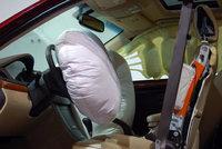 Jejich airbagy zabily nejméně 16 lidí. Firma Takata zaplatí v USA 25 miliard