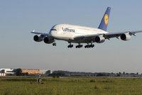 Na Němce se řítí obří dluh za Airbus A380. Vývoj je má stát 15 miliard