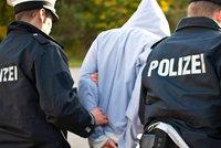 Muže (33) zatkli kvůli nezaplacené pokutě: Před basou ho zachránila maminka