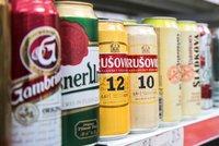 """Kolik prodejců loni porušilo zákon o obalech? Inspekce je """"nachytala"""" i na pivu"""