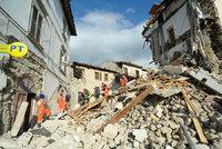 Počet obětí italského zemětřesení stále stoupá. Vláda vyhlásila stav nouze