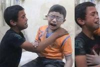 Dojemné video: Bratři v nemocnici oplakávají sourozence, zabila ho bomba