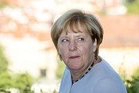 Diktátorka i spása: Němci rok od pozvání uprchlíků hodnotí Merkelovou