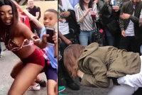 """Festival se zvrhl: """"Souložící"""" policista a děti, útoky nožem a stovky zatčených"""
