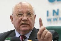 """Gorbačov: Máme tu studenou válku, která může snadno přerůst v """"horkou"""""""