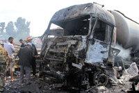 Pumové útoky po celé Sýrii: Na místo dojeli záchranáři, atentátník se pak odpálil